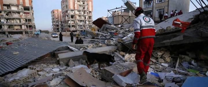 171113-iran-quake-mc-808_2_1805fbed50cf1a9c93112439706da19c.nbcnews-fp-1240-520.jpg