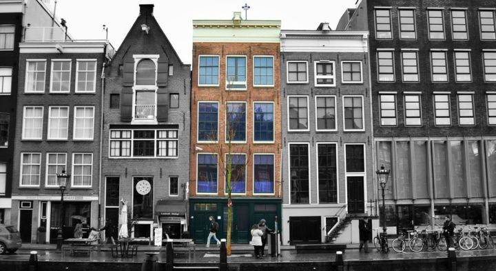 Anne-Frank-House-Museum-And-Diary