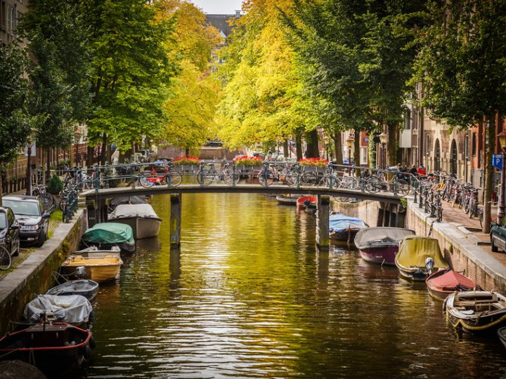 netherlands-amsterdam_canal-_c_s_borisov-shutterstock_120976837-b2f92