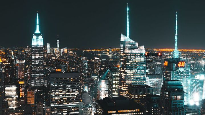 Manhattan_Skyline_night