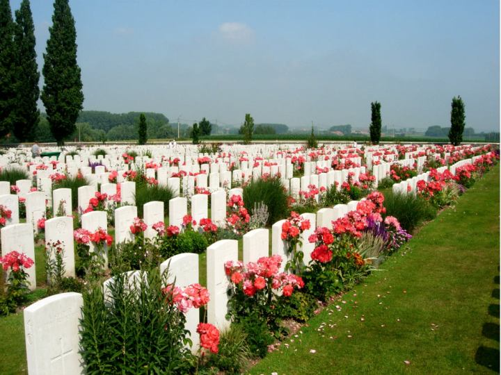 feat Tyne Cot Cemetery 1 edit 2