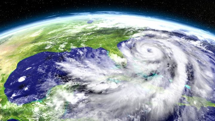 How-government-agencies-should-prepare-for-hurricanes-HEADER-IMAGE-shutterstock_494660923-1024x576