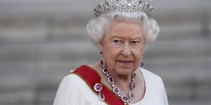 150903-queen-elizabeth-jpo-712a_80834894bceed6fc1635f6a6ac96ab46.nbcnews-ux-2880-1000